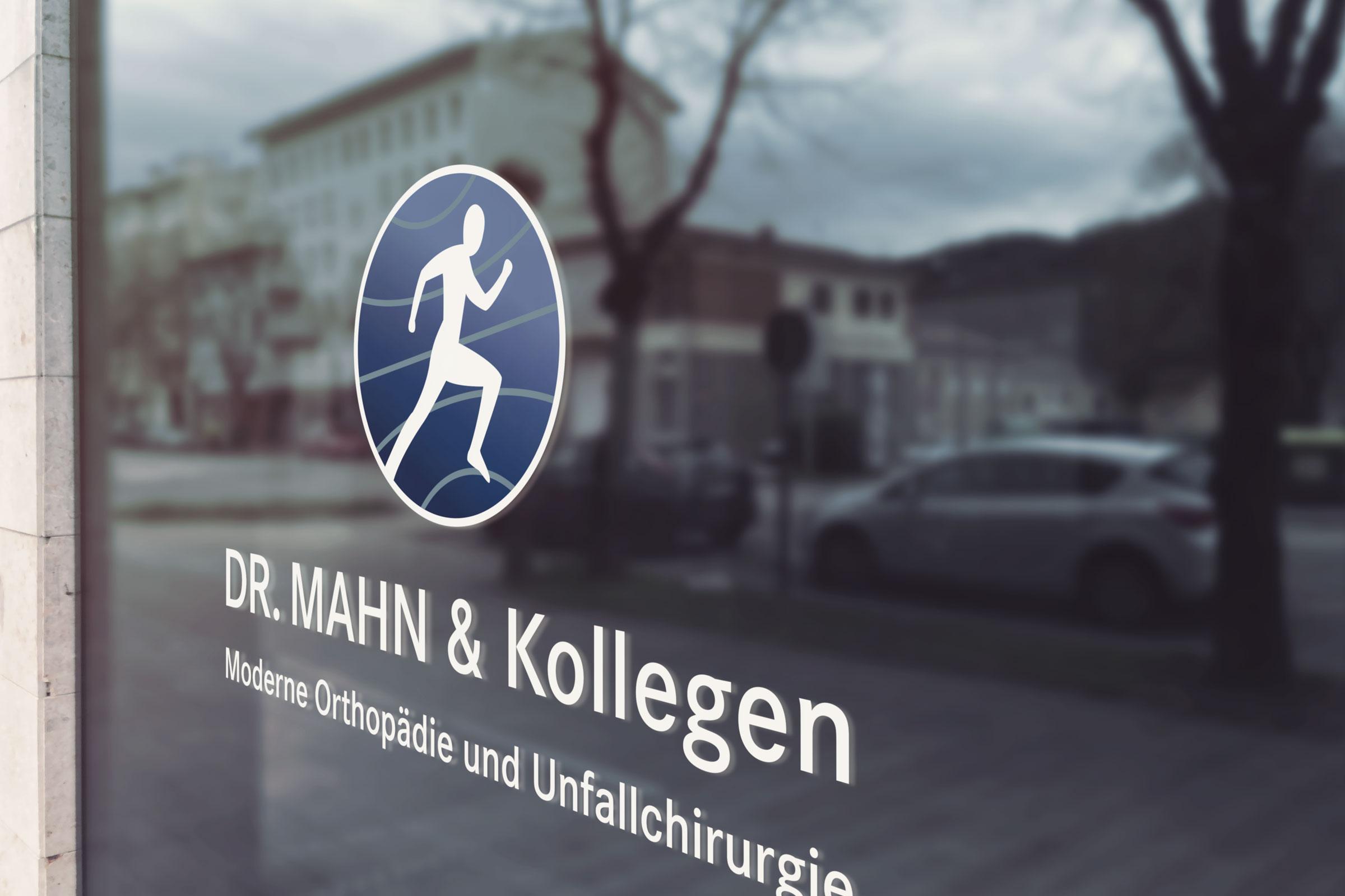 Praxisschild für einen Orthopäden aus Bad Vilbel bei Frankfurt.