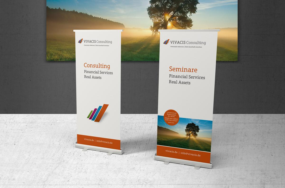 Messe-Rollup für eine Unternehmensberatung aus Bad Homburg.